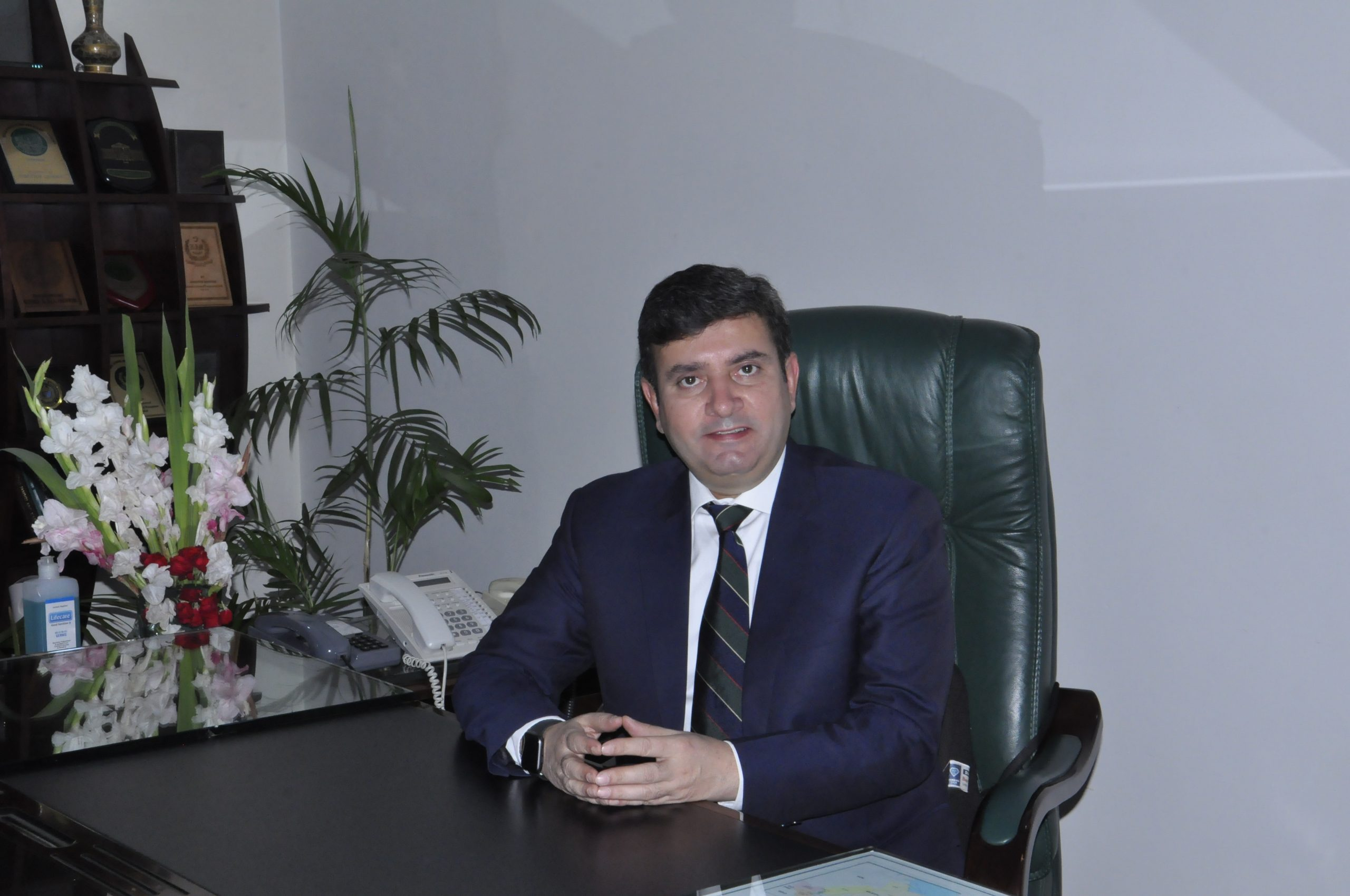 MR. Shakeel Qadir Khan